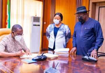 Okowa signs bills establishing 3 universities in Delta